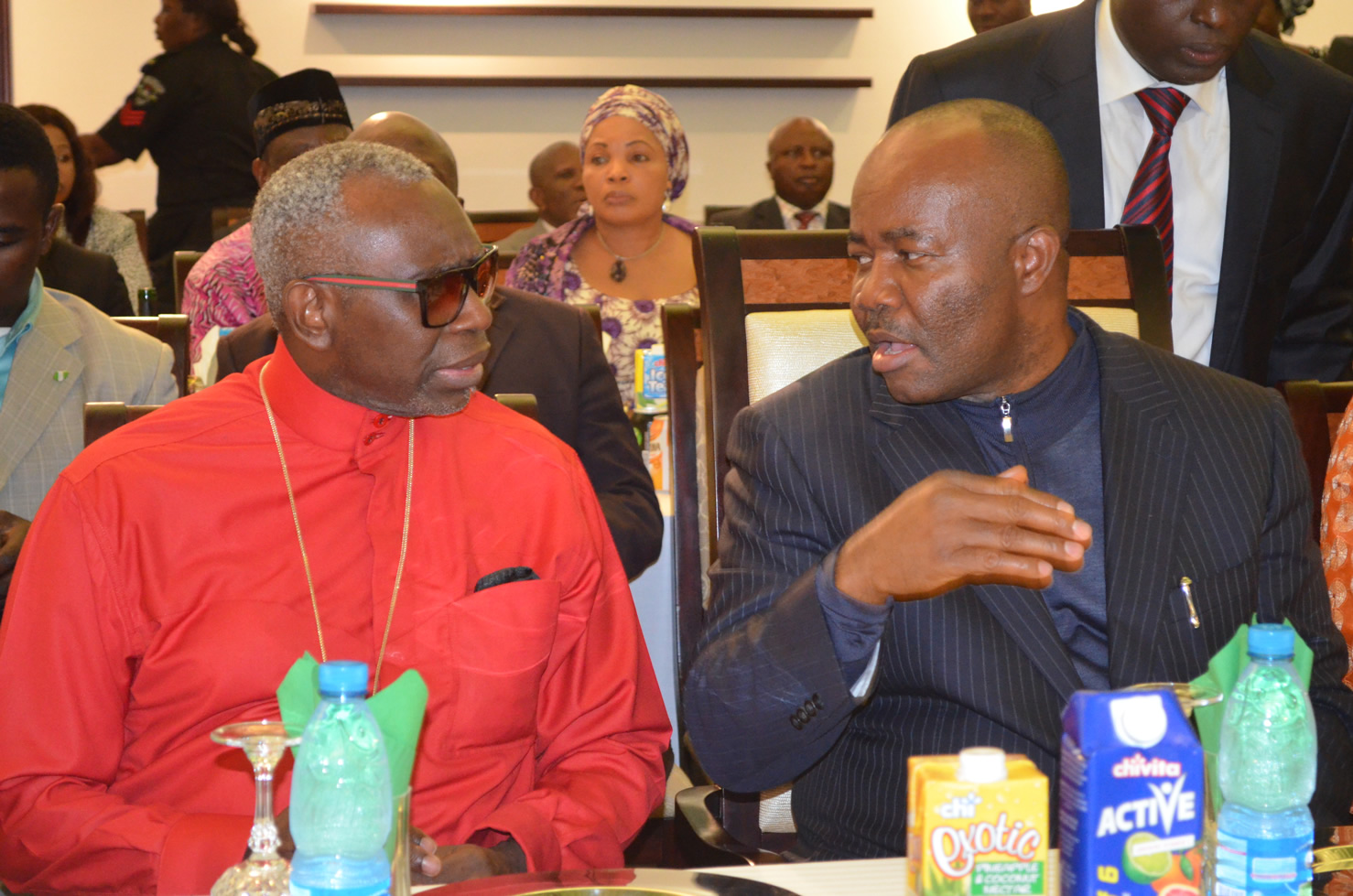 GOV. GODSWILL AKPABIO EXPLAINING SOME POINTS TO THE CAN PRESIDENT PASTOR AYO ORRITSEJAFOR DURING A GALA NIGHT IN HONOUR OF DELEGATES TO THE 12TH NATIONAL PFN