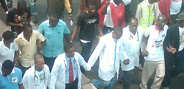 36NG-Doctors'-Strike-Lack-of-oxygen-causes-death-of-two-month-old-baby-01