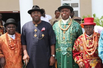 Bayelsa State Governor, Hon. Seriake Dickson (2nd L), Chairman, Bayelsa State Traditional Rulers Council, HRM King Godwin Igodo (L), Amanyanabo of Twon-Brass, King Alfred Diete Spiff (2nd R), and his counterpart from Bomo clan, King Joshua Igbugburu, shortly after a meeting, at the newly built magnificent State Traditional Rulers Council Secretariat, Ovom, Yenagoa. Photo by Michael Owi.