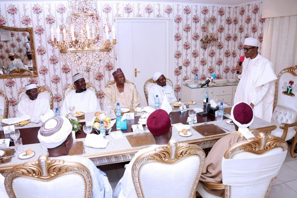 PRESIDENT BUHARI HOSTS ABUJA IMAMS 3. From Right; President Muhammadu Buhari addreess cross sections of Abuja Imams and selected Individuals to breaking of Ramadan fast at his Residence in Abuja. PHOTO; SUNDAY AGHAEZE. JUNE 28 2016