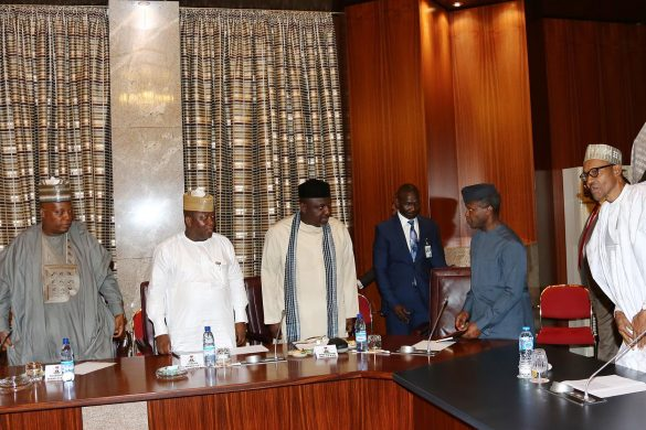 PRESIDENT BUHARI MET PROGRESSIVE GOVS' FORUMM. R-L; President Muhammadu Buhari, Vice President Prof Yemi Osinbajo, Governors of Imo,, Owelle Rocharles Okorocha, Zamfara State Abdulazziz Yari, Borno State Alhaji Ibrahim Shettima and Adamawa State, Mohammed Bidow Jubrilla as President held meeting with the ALL Progressive Governors at the State House in Abuja. PHOTO; SUNDAY AGHAEZE. JULY 26 2016.