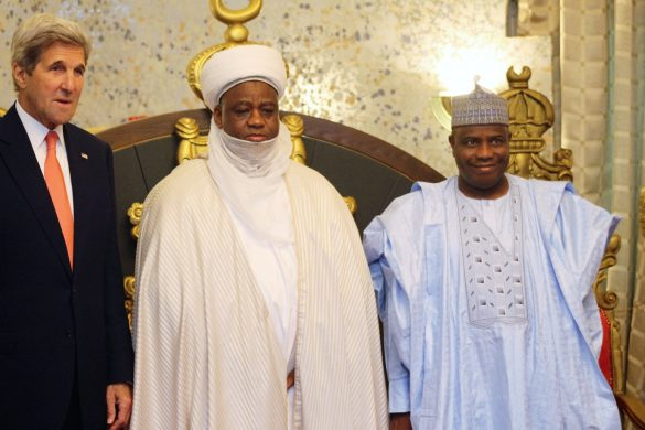 Kerry 1: L-R: US Secretary of State John Kerry, Sultan of Sokoto, Muhammad Sa'ad Abubakar, and Governor Aminu Waziri Tambuwal during Kerry's visit to the Sultan's Palace in Sokoto...23/08/16