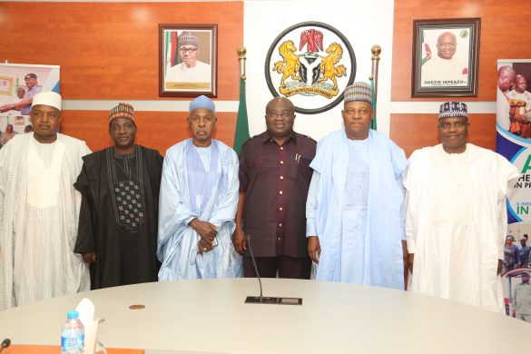 L-R   Atiku Abubakar of Kebbi, Simon Dalong of Plateau, Aminu Bello Masari of Kastina, Host Governor,  Okezie Ikpeazu of Abia, Kashim shettima of Borno and Aminu Waziri Tambuwal of Sokoto state during the visit of Northern state Governors Forum Delegation to Abia state......