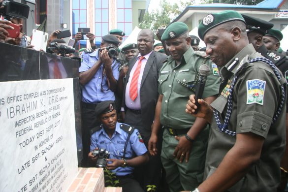 IGP Idris and Commander MOPOL 20 CSP ABUBAKAR YAKUBU Unvieling Memorial Plaque