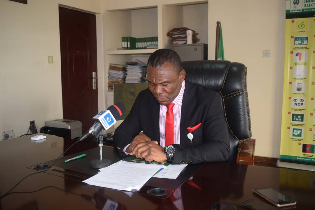Cross River INEC REC Resigns, Joins APC To Contest Bayelsa