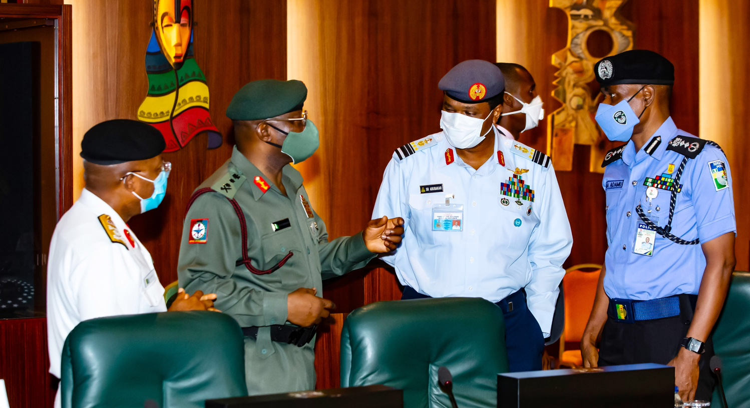 Buhari Blasts Service Chiefs, Says Excuses No Longer Acceptable ...
